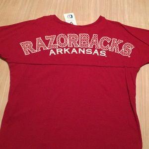 Venley Tops - NWT Arkansas Razorbacks tee